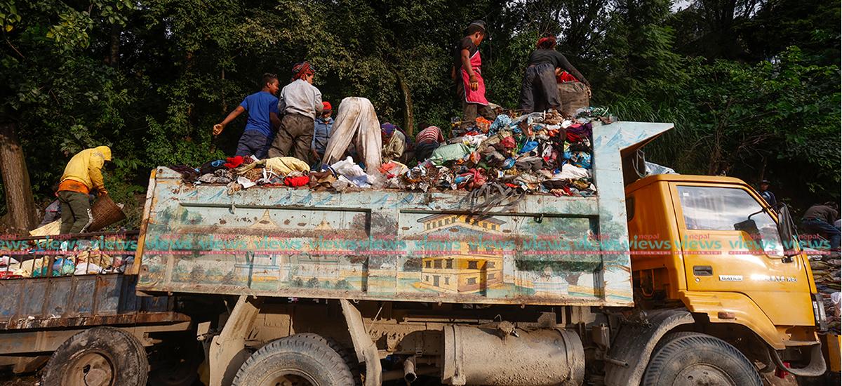 अझै उठाइएन काठमाडौंका मुख्य चोकका फोहोर