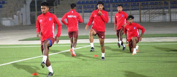 इन्डोनेशियासँग मैत्रीपूर्ण फुटबल खेल्दै नेपाल