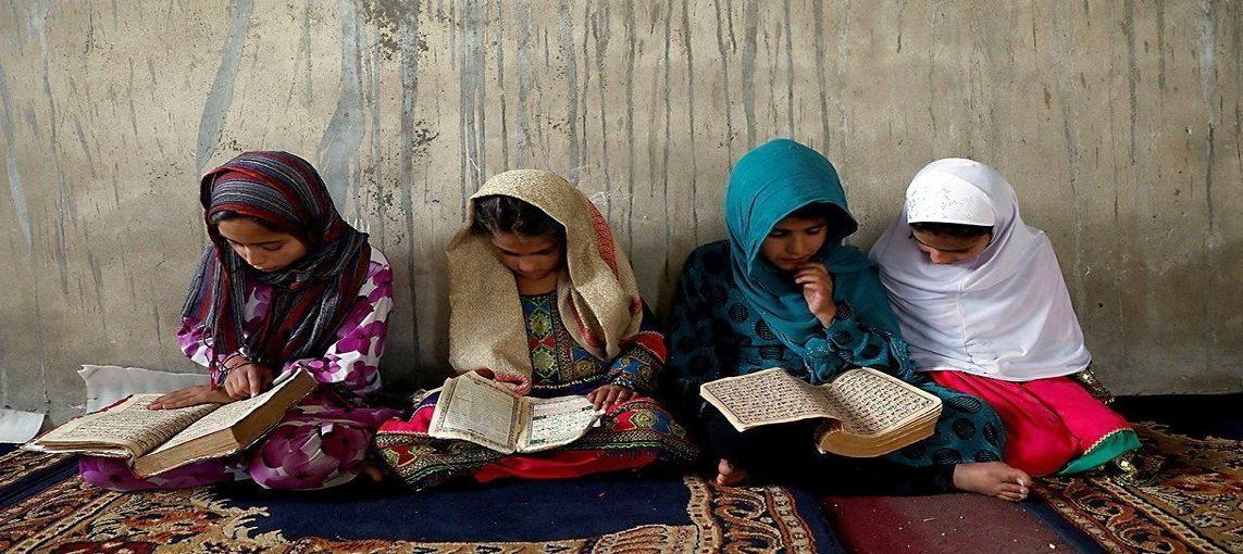 किन बढाउन जरुरी छ महिला साक्षरता ?